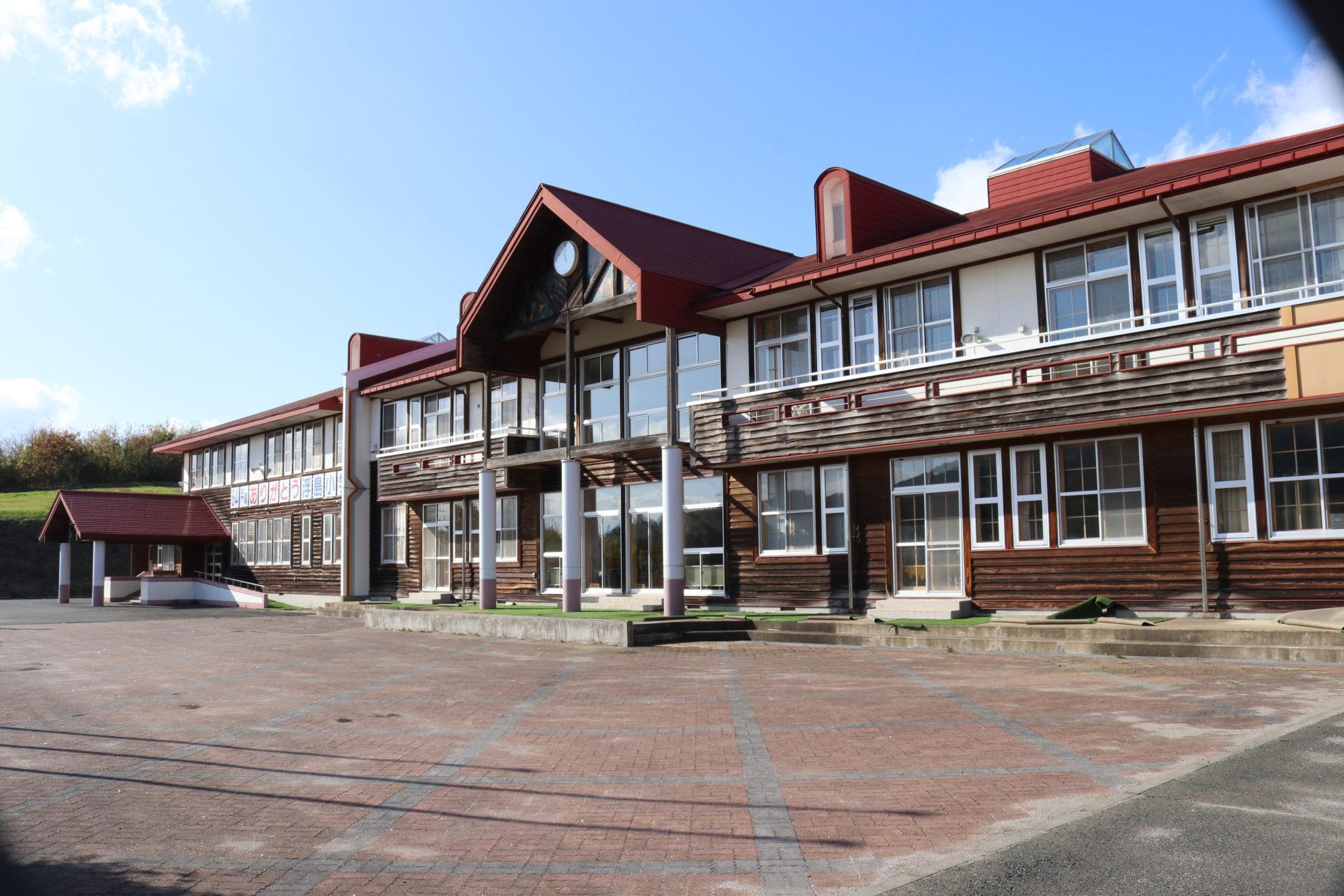 浮島小学校-全体画像