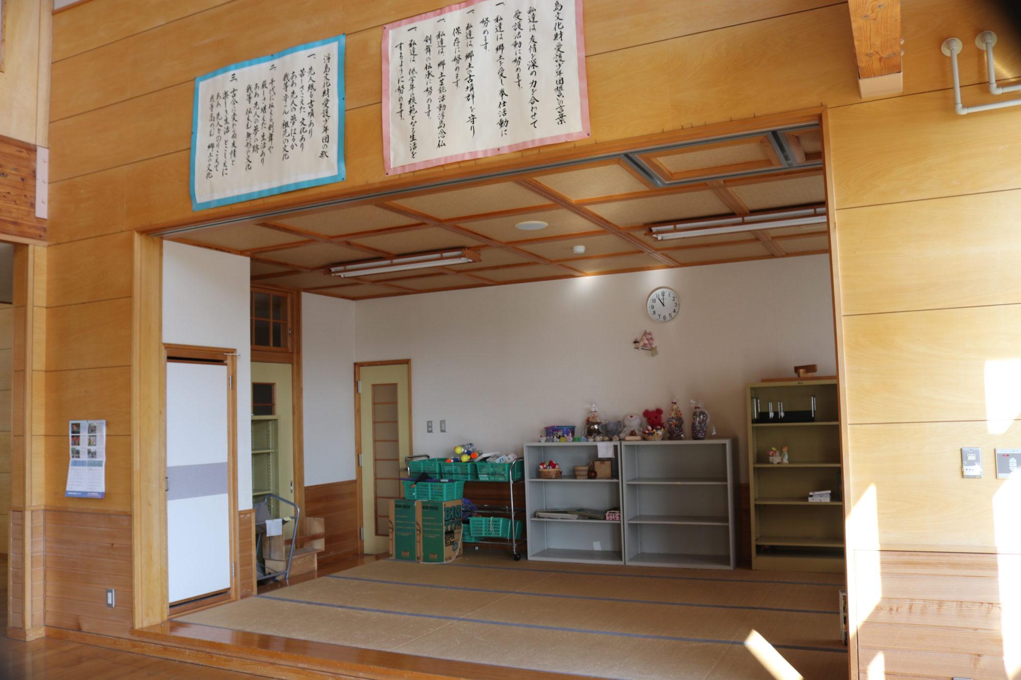 浮島小学校-内観4