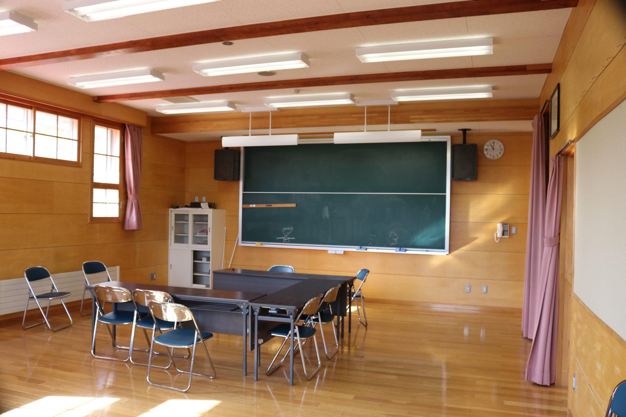 浮島小学校-内観7
